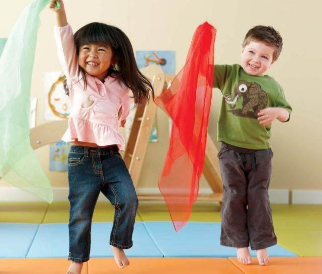 Giggles & Wiggles dance class